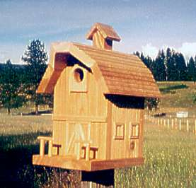 Old Barn Birdhouse: Natural