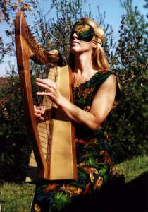 Lap Harp by Robert Worth